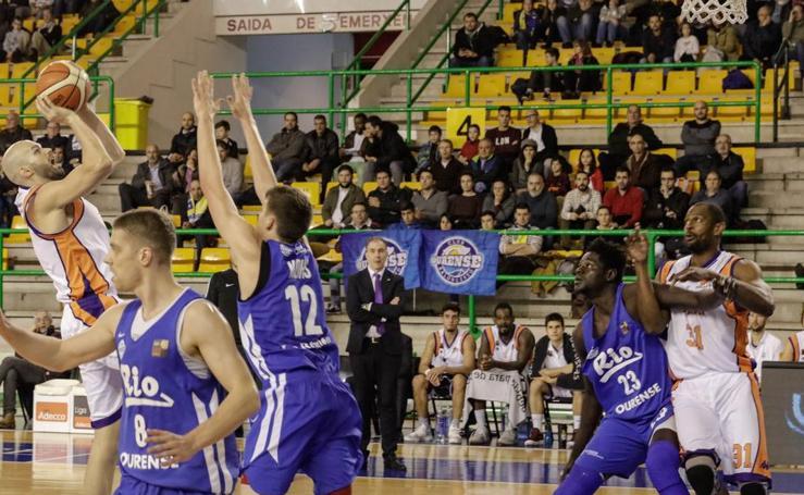 El Chocolates Trapa Palencia gana al Río Ourense Termal (71-74)