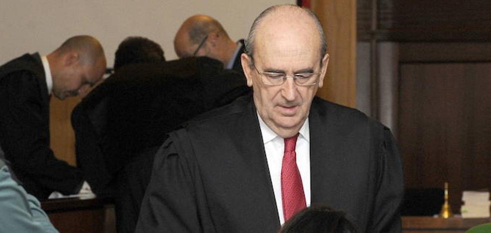El Ministerio de Justicia condecora a José María Tejerina