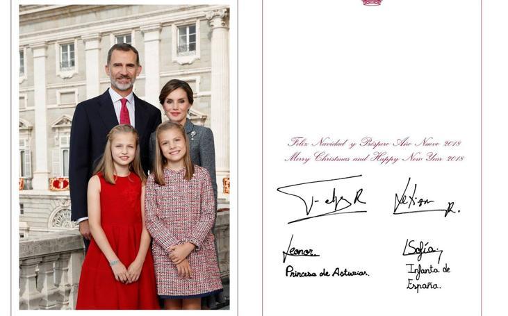 Las felicitaciones de Navidad de los Reyes de España y sus hijas