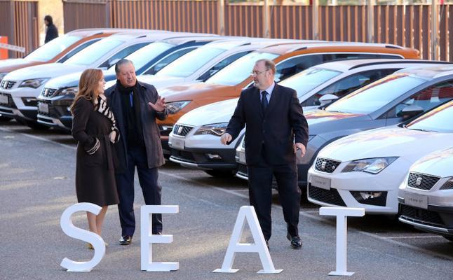 Seat dona 20 vehículos para que alumnos de FP de Castilla y León hagan prácticas