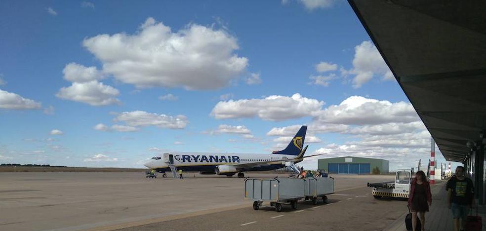 El aeropuerto de Valladolid pierde un 4,2% de pasajeros en lo que va de año