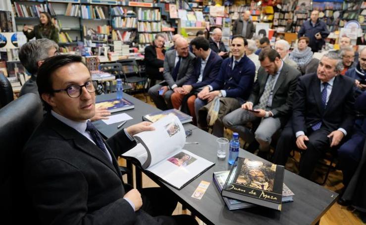 Javier Burrieza presenta su libro Escultores y escultura procesional de la Semana Santa de Castilla y León