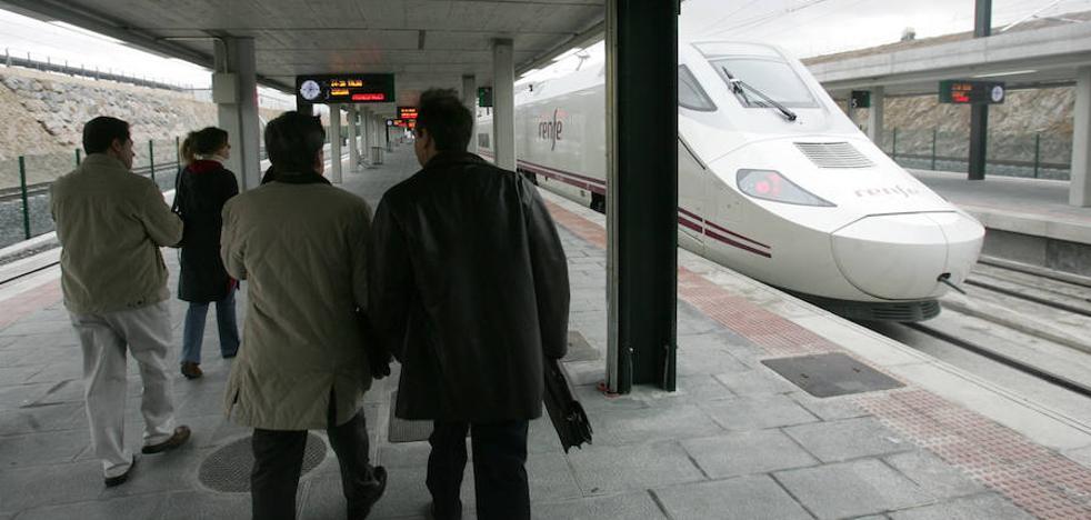 Una pasajera reclama a Renfe porque no le dejaron bajar en la estación de Segovia