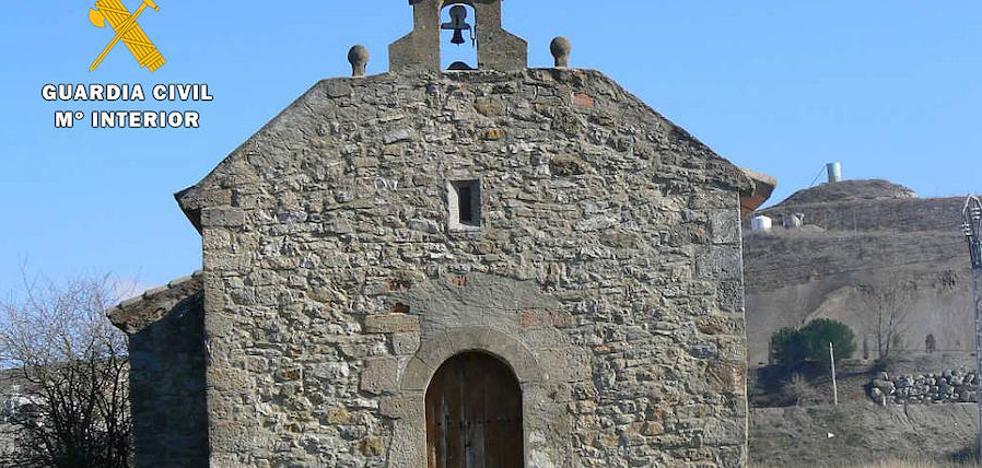 Desarticulada una banda que robó campanas en iglesias y ermitas