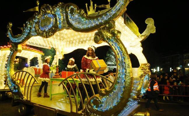 'Aladdin' protagonizará hoy la 'Cabalgaza' de Papá Noel en Valladolid