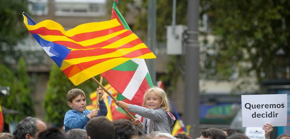 El procés catalán activa en Euskadi el rechazo a la independencia