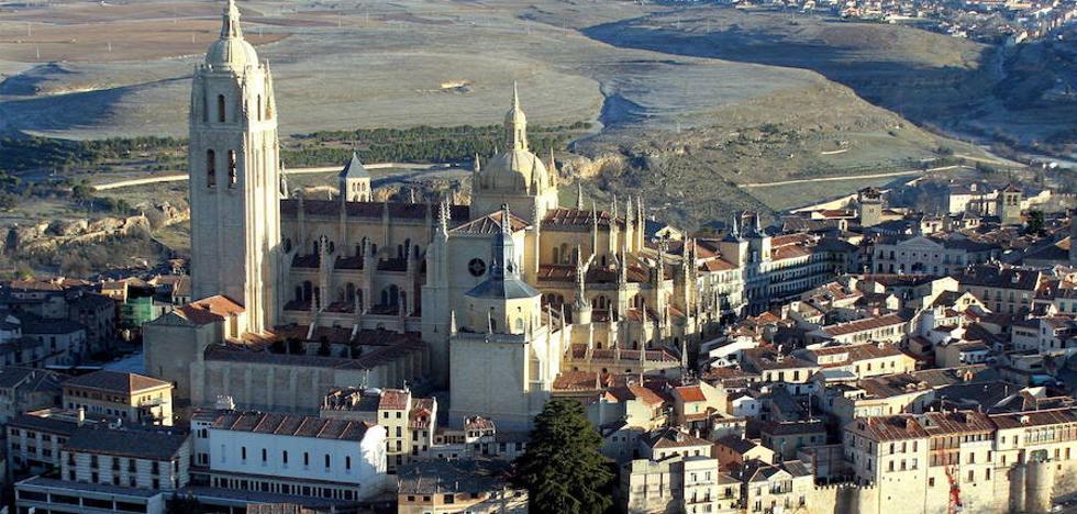 Segovia suspende temporalmente el cobro del impuesto de plusvalía