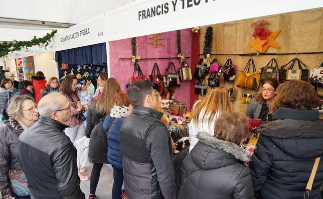 La XIV Feria de Artesanía de Navidad ya está en Portugalete