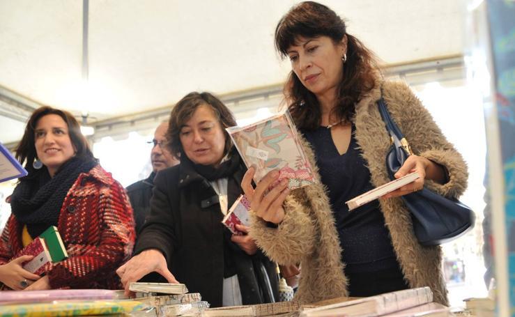 La Feria de Artesanía de Navidad abre sus puertas en Portugalete
