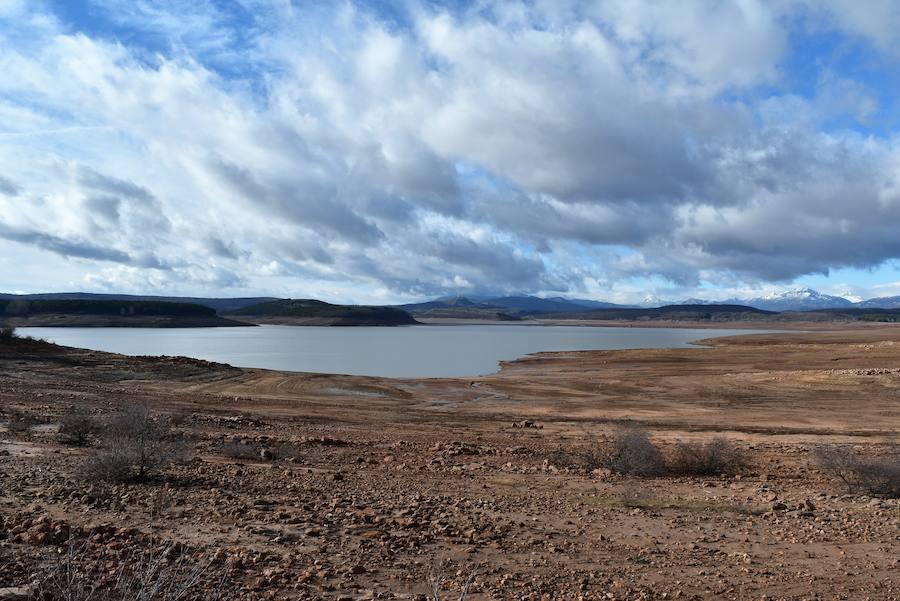 El Pantano de Aguilar sigue bajo mínimos a 15 de diciembre