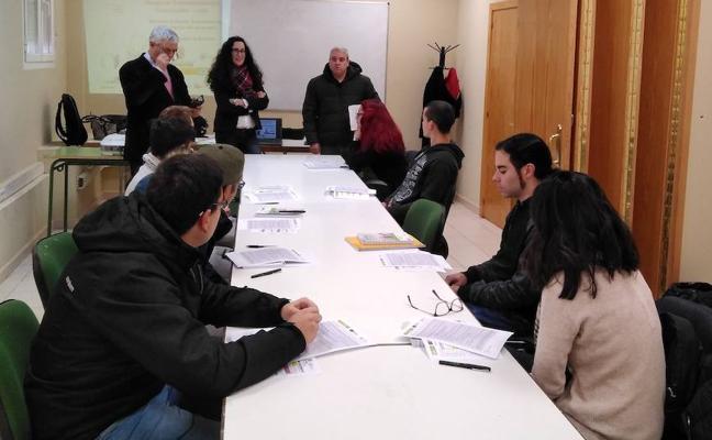 Diputación y EOI Industrial ponen en marcha cursos para desempleados