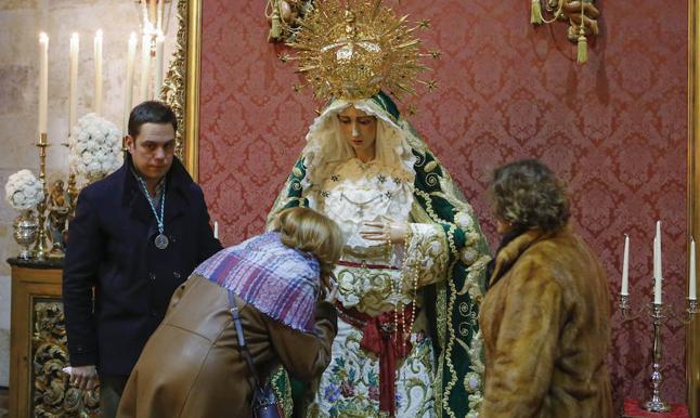 La Virgen que marca el Adviento