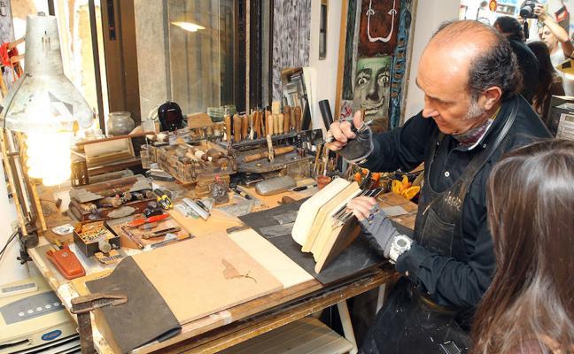 Un centro de oficios canalizará desde el mes de enero el futuro de los artesanos segovianos