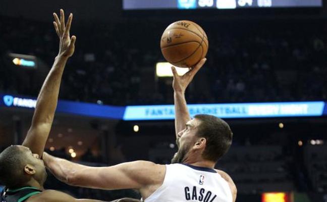El doble-doble de Gasol no salva a los Grizzlies