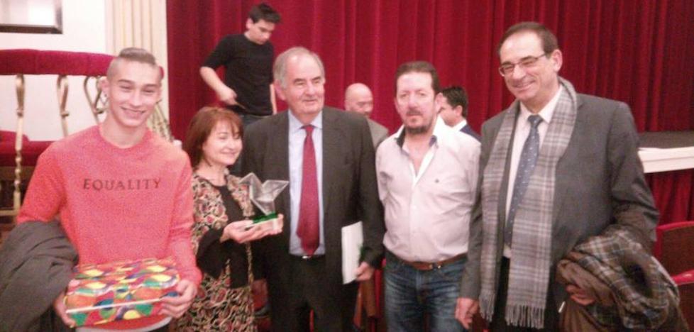 El instituto Trinidad Arroyo se alza con el premio Valores Democráticos de la Fundación Valsaín