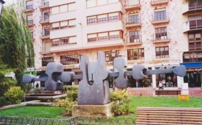 La escultura de Coomonte 'Equilibrio Horizontal' se instalará mañana en San Martín