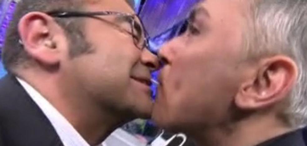 El casi-beso de Jorge Javier Vázquez a Kiko Hernández