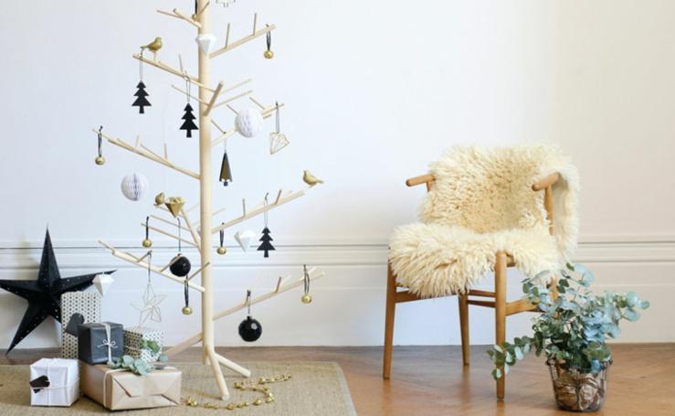 30 originales ideas para crear tu propio árbol de Navidad