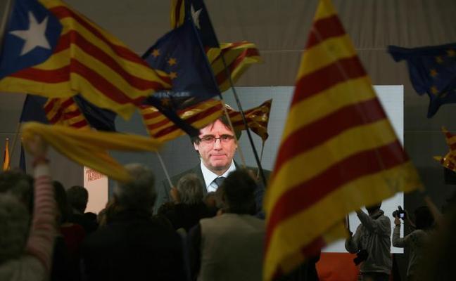 Puigdemont compara la detención de los independentistas con los atentados de Barcelona