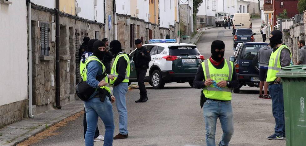 Cae una red de financiación ligada a Al Qaeda que usaba una empresa de reciclaje en El Espinar