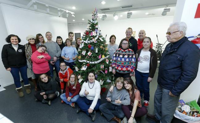 Una Navidad diferente con Aviva en la galería Calcografía