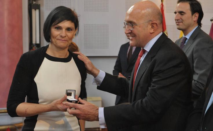 Entrega de medallas a los funcionarios de la Diputación de Valladolid