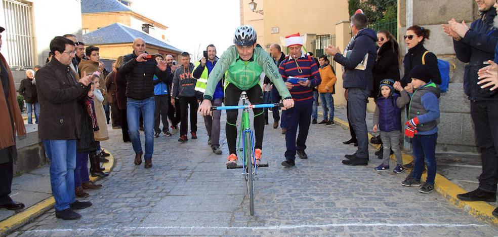 Séptimo triunfo seguido de Julio Martín en la Carrera del Pavo