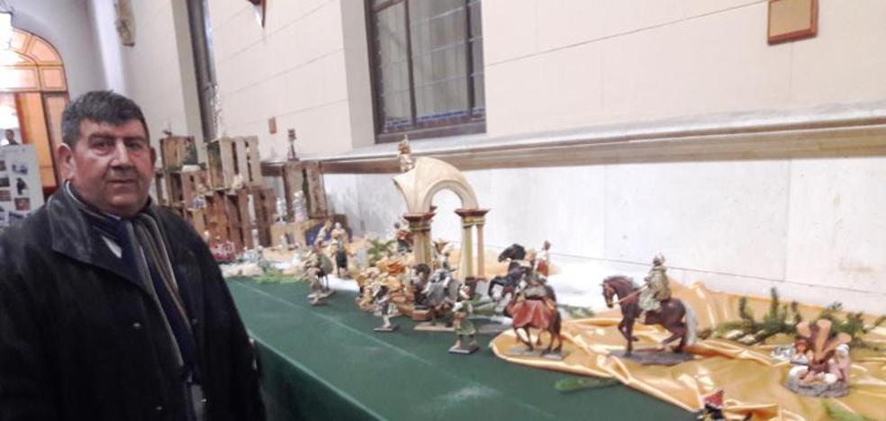 El palentino Luis Frechilla expone sus Belenes del Mundo en el Palacio Real de Valladolid