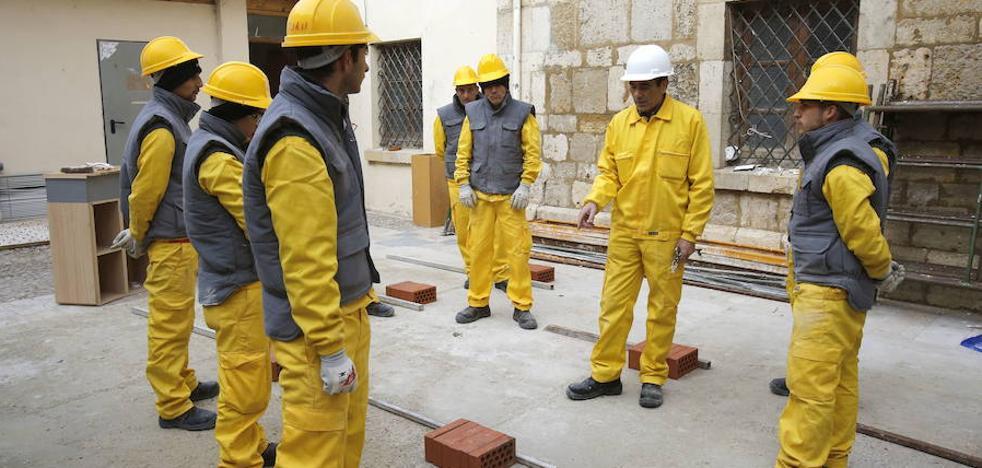 La Junta convoca 3,7 millones en ayudas para la formación en el empleo