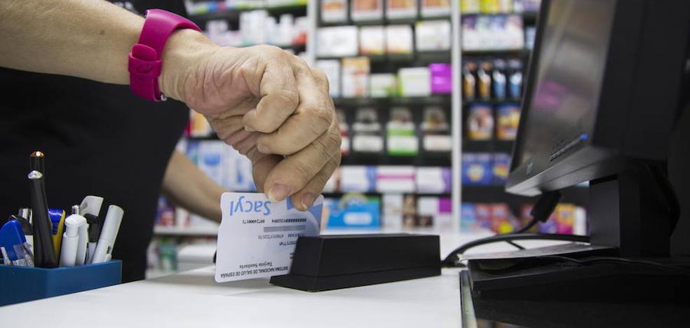 Las farmacias de Castilla y León ya pueden dispensar medicamentos recetados en Asturias y Murcia