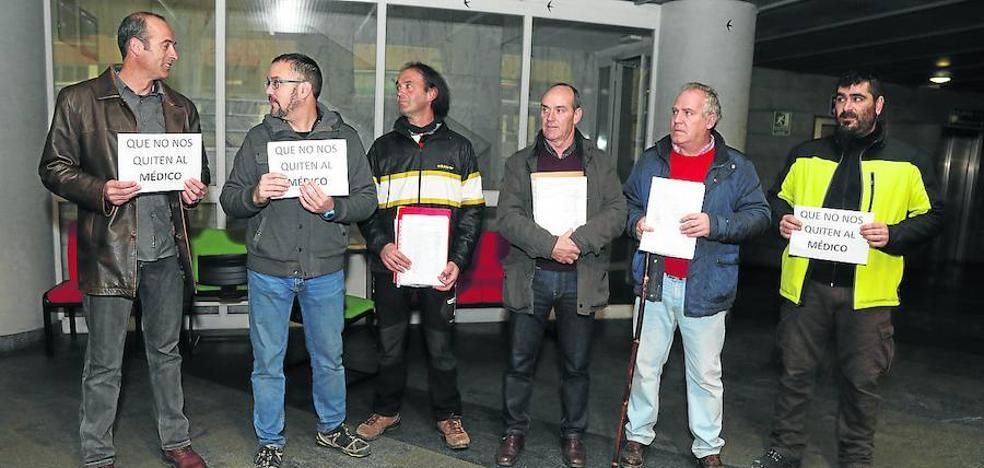 Más de 3.000 firmas exigen a la Junta un segundo médico de urgencias en Frómista