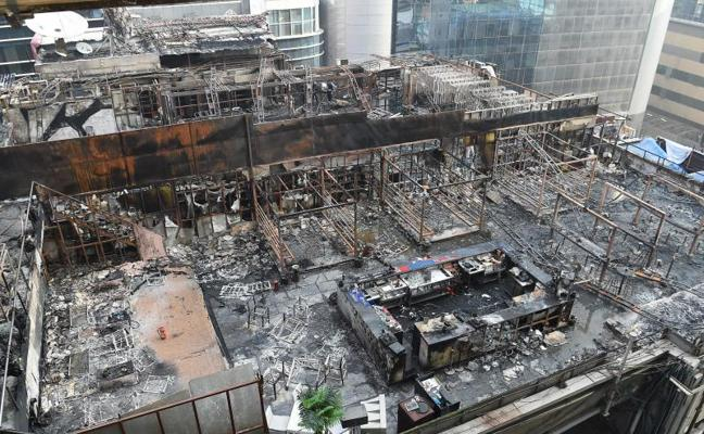 Al menos 14 muertos en el incendio de un edificio en Bombay
