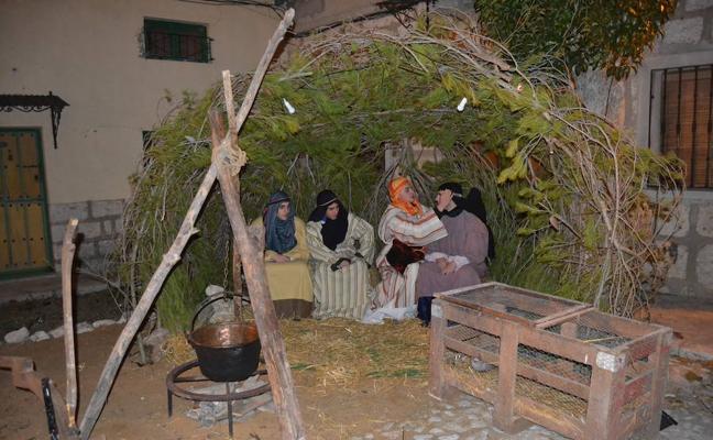 Las escenas bíblicas y costumbristas deslumbran en el belén viviente de Villanubla