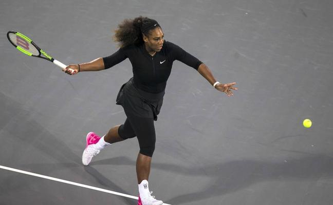 Serena Williams pierde en Abu Dabi en su regreso tras su maternidad