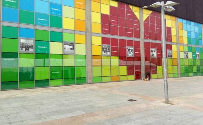 Restauran el mural en honor a las víctimas del terrorismo