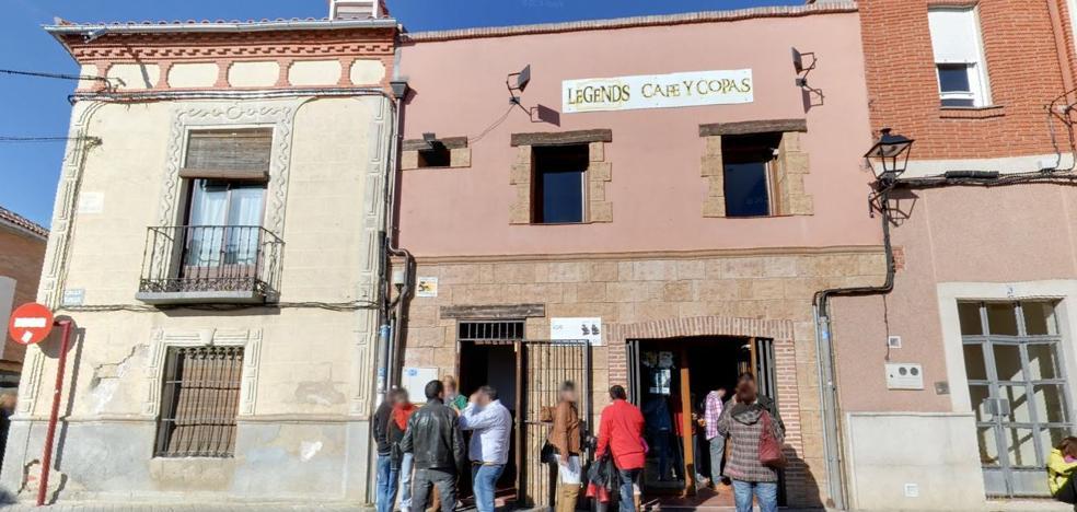 Desvalijan tres establecimientos, una oficina de correos y roban un coche en Santovenia y Cigales