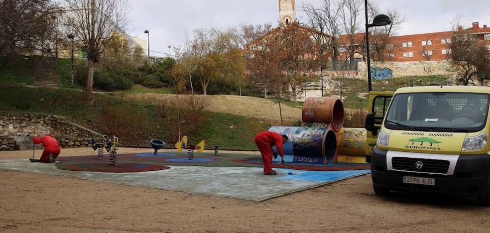 El Ayuntamiento de Zamora mejora seis zonas verdes y parques infantiles de la ciudad