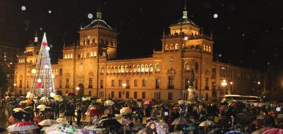 Los Reyes Magos visitan Valladolid pasados por agua