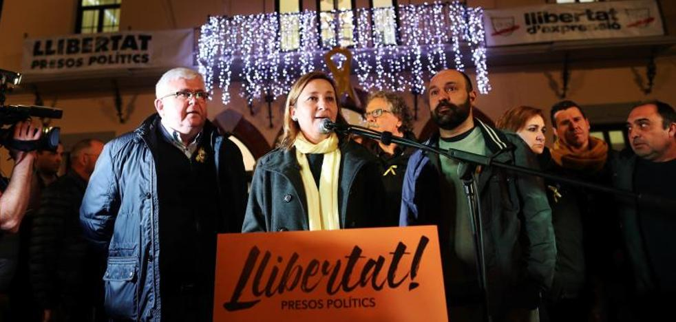 La ANC sugiere un gobierno catalán «mixto» con consejeros en el «exilio»
