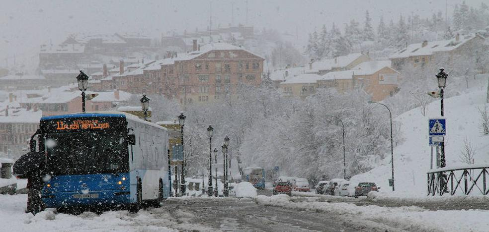 Suspendido el tren regional Madrid-Segovia