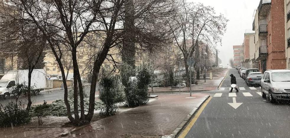 La alerta amarilla por frío persiste hoy y también nevará mañana