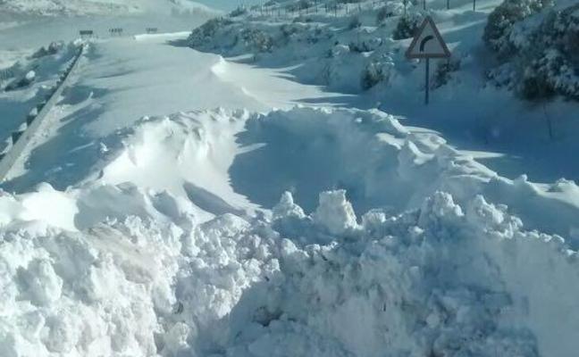 Ávila se prepara para otra oleada de nieve