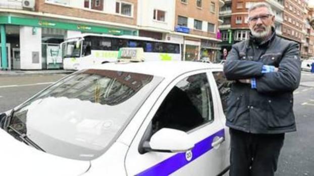 Radio Taxi Palencia cambia de directiva con la unión del sector como reto