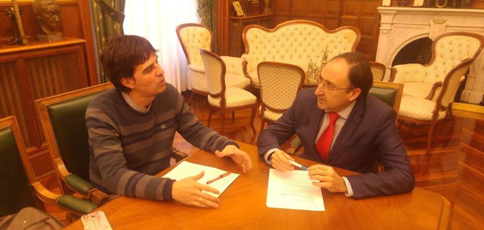 El alcalde de Palencia realiza una oferta a Ganemos sobre el presupuesto