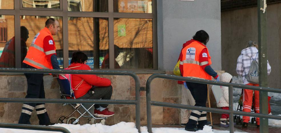El Hospital de Segovia atiende en solo doce horas 57 urgencias por caídas y torceduras
