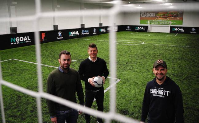 Fútbol y otras actividades de ocio bajo cubierto