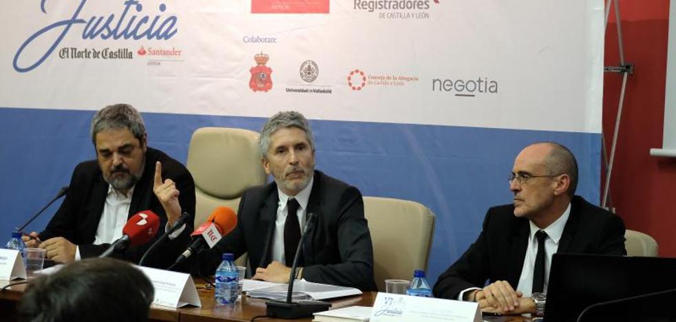 El fiscal del Servicio de Delitos de Odio advierte de que la falta de denuncias esconde un fenómeno al alza