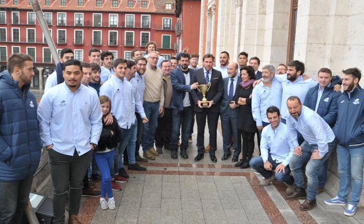 El VRAC Quesos Entrepinares presenta su segunda Copa Ibérica a las instituciones