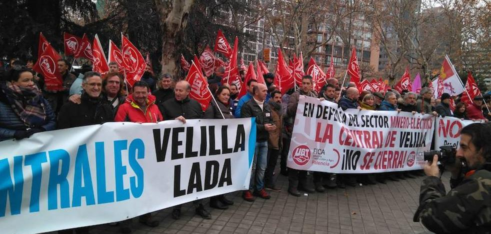 Palencia hace visible en Madrid su oposición al cierre de las térmicas