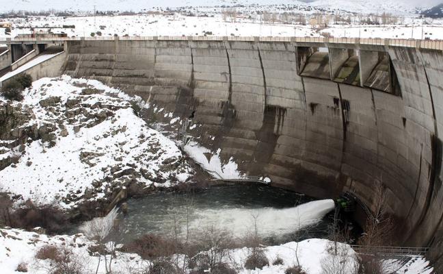 La amenaza del deshielo mantiene Segovia en vilo